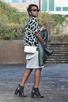 black Dorothy Perkins boots - forest green Zara jacket - puce Marc B bag