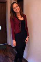 brick red blazer - black Amisu skirt