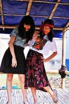 black sugar bee dress - red Batik skirt