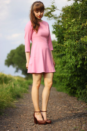 bubble gum Choies dress - tawny H&M heels
