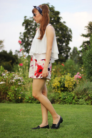 light pink blackfive shorts - white blackfive blouse