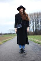 dark gray Gil Bret coat - black New Chic bag