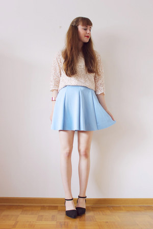 light blue Lovelyshoesnet skirt - nude H&M blouse - black Lovelyshoesnet pumps