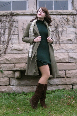 green Rue 21 dress - green vintage coat - beige Target tights - brown journeys b