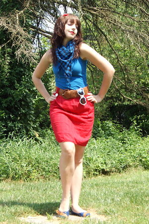 red Hot Topic accessories - blue TJ Maxx scarf - blue TJ Maxx top - red Forever