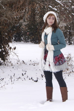 tawny Cathy Jean boots - salmon Urban Outfitters dress - gray Target tights - wh