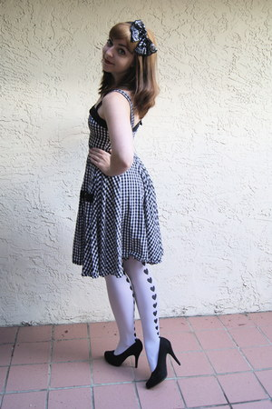black H&M dress - white hearts Hot Topic tights - black Target accessories