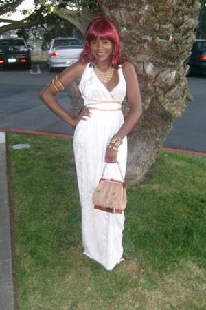 velvet like Spirit dress - crochet coin vintage bag