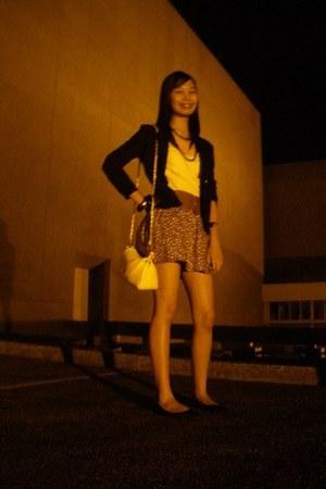 black Accessorize necklace - ivory Penshoppe blouse - dark brown skirt - black T