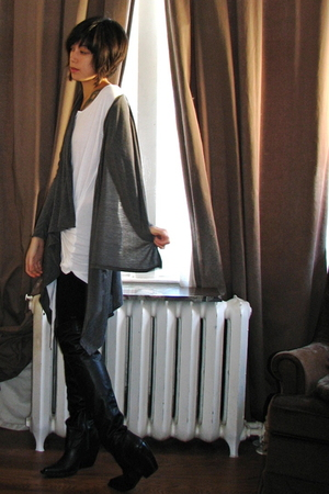 gray thrifted cardigan - white Zara t-shirt - black Zara boots - black Zara legg