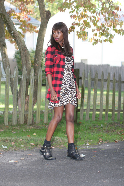Pink Rose shirt - Shoe Republic boots - leopard print H&M dress