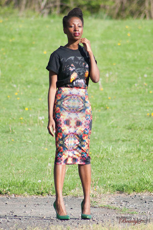 rottweiler t-shirt - graphic skirt