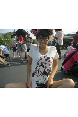 minnie t-shirt - minnie bow accessories - geek glasses glasses