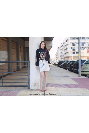 silver zaful skirt - black zaful sweater