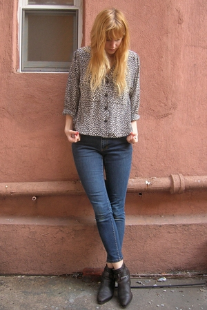 vintage blouse - blue banana republic jeans - brown Dingo boots