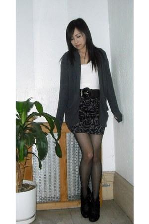 gray Forever 21 cardigan - dark gray Forever 21 skirt - black Steve Madden boots