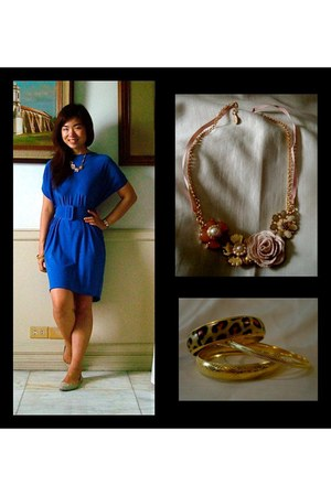 floral necklace Accessorize accessories - gold flats Zara flats