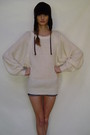 Beige-sweater