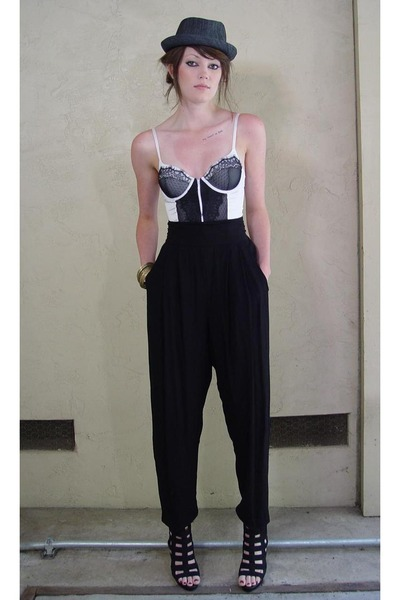 black oversized harem Karen Kane pants - black caged Forever 21 shoes