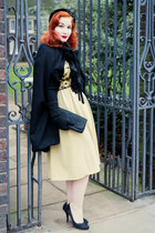 black vintage from Beyond Retro cape - mustard vintage from Beyond Retro dress