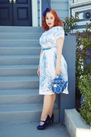 blue kate spade bag - white Toile 1950s dress dress - blue new look heels