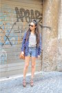 Blue-vintage-shirt-leather-vintage-bag-vintage-levis-shorts-tortoise-vinta