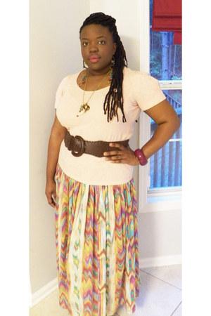 thrifted skirt - peach slub knit Old Navy top
