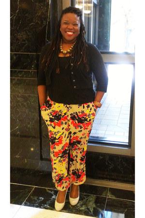 Floral Joggers pants - black black tank Charlotte Russe top