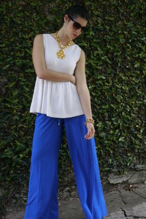 Zara shirt - Mango pants - Steven Madden pumps