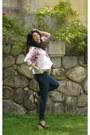 Zara-shirt-h-m-jeans-guess-heels