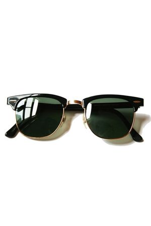 black Ray Ban accessories