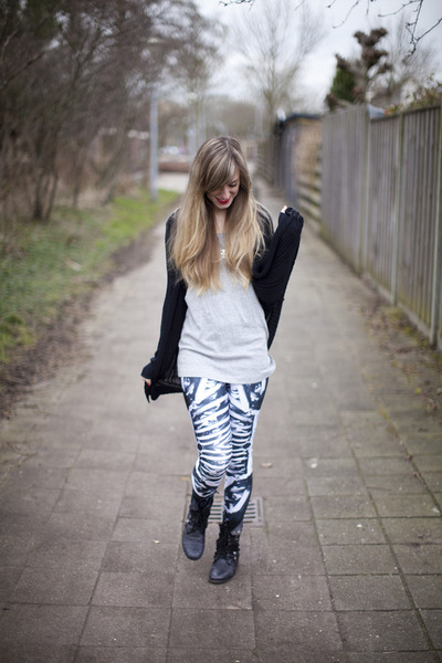 bone machine Black Milk Clothing leggings