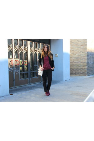 Zara bag - Primark pants - New Balance sneakers