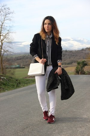 Primark shirt - Zara bag - New Balance sneakers
