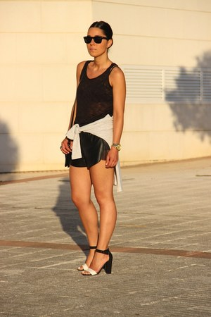 Lefties shoes - Oysho shorts - Primark t-shirt