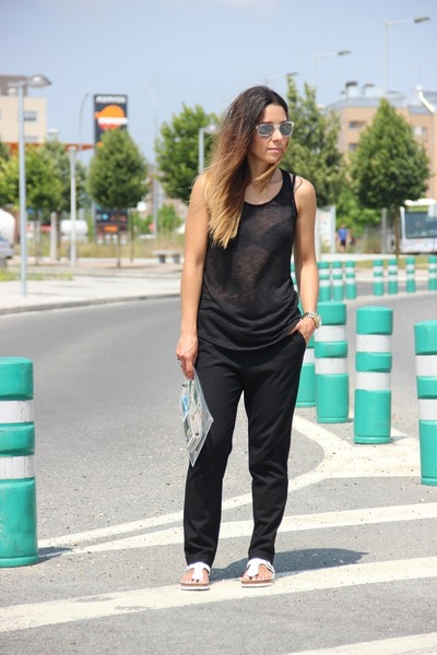 Primark t-shirt - Zara pants