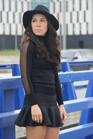 Zara skirt - H&M hat - Zara jumper