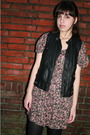 Black-zara-vest-pink-vintage-dress