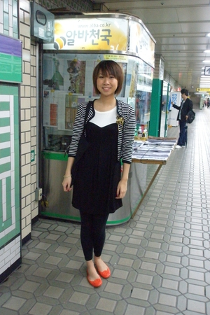 random from Hong Kong dress - random from Seoul coat - tory burch shoes