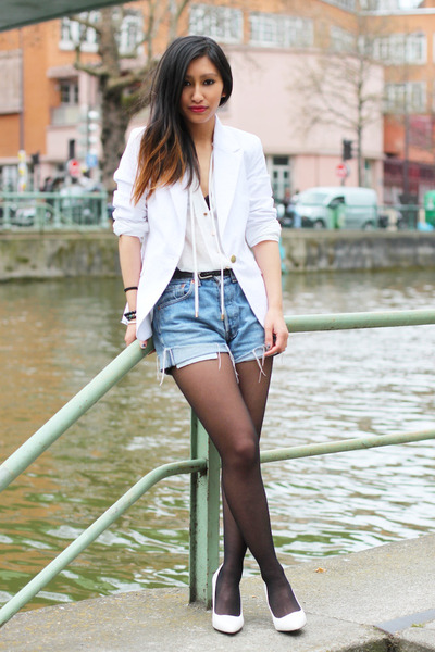 white La Redoute blazer - sky blue Levis shorts - white Mango heels