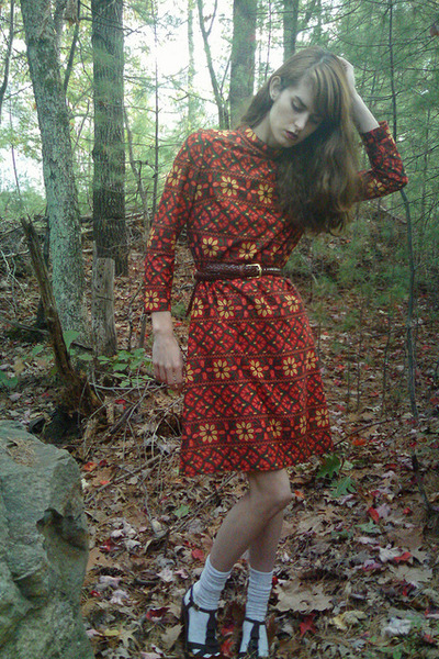 red thrifted dress - brown thrifted belt - silver Target socks - brown Steve Mad