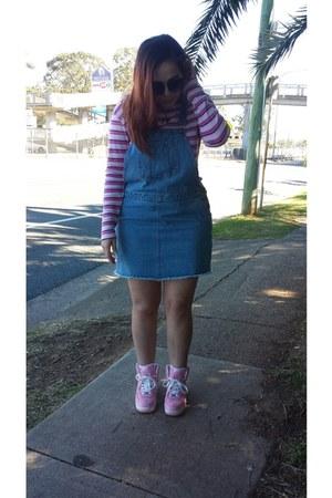 blue denim pinafore Sportsgirl dress - bubble gum nike sneakers