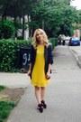 Black-nike-shoes-yellow-new-look-dress-gray-new-yorker-blazer
