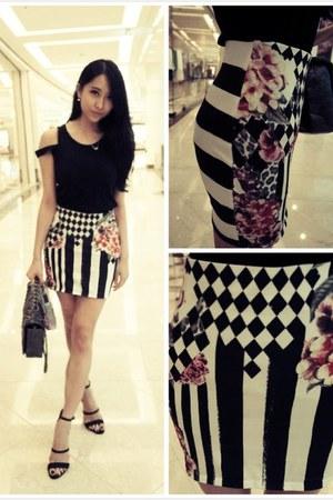 white lovely pattern Zara skirt - silver Chanel bag - black H&M heels