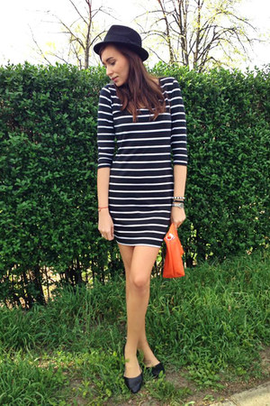 Mango dress - H&M hat - CCC flats