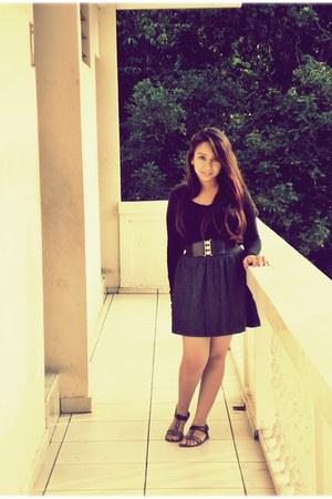 shirt - sandals - skirt