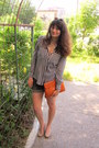 White-stripe-udobuy-shirt-carrot-orange-gifted-bag-gray-yessica-shorts