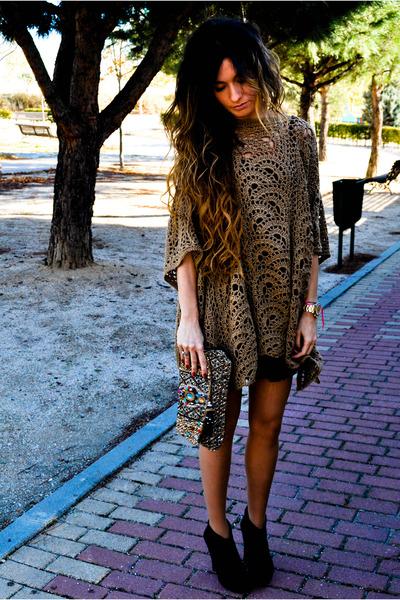 Zara cardigan - Pura Lopez shoes - Accesorize purse