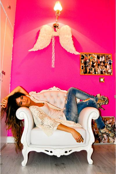 crochet Topshop cardigan - piton Christian Louboutin shoes - Zara jeans