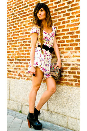 flowered Primark romper - lita Jeffrey Campbell shoes - Accesorize purse